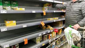 Mimo obostrzeń sklepy będą czynne. Nie ma potrzeby robienia zakupów ponad miarę.