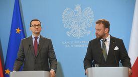 Premier Mateusz Morawiecki i minister zdrowia Lukasz Szumowski