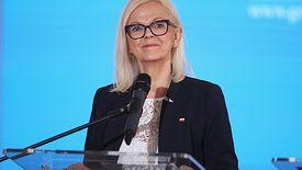 """""""500 plus"""" na pierwsze dziecko od lipca. Na zdj. minister rodziny, pracy i polityki społecznej Bożena Borys-Szopa"""