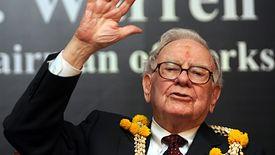 """Warren Buffett tłumaczy, dlaczego """"oszczędnie"""" finansuje się długiem"""
