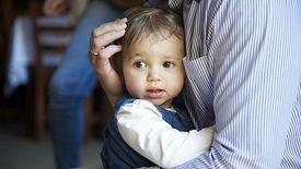 UE chce stworzyć warunki do większego zaangażowania ojców w wychowanie dzieci.