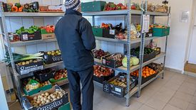 Ustawa o marnowaniu żywności. Sklepy muszą podpisać umowy z bankami żywności
