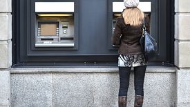 Do wtorku klienci PBS w Sanoku nie wyciągną pieniędzy z bankomatów.