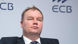 Wiceminister energii Tomasz Dąbrowski szacuje, że transformacja energetyczna będzie kosztować Polskę 900 mld euro