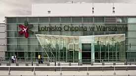 Na Lotnisku Okęcie gorąco. Związkowcy wchodzą w spór z Polską Agencją Żeglugi Powietrznej.