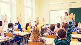 Nauczycie nie dostaną podwyżek, bo MEN musi sfinansować... ich podwyżki.