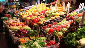 Ponad 800 kontroli jakości i oznakowania warzyw i owoców przeprowadziła Inspekcja Handlowa