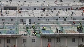 Szpital w Wuhan już przyjmuje pacjentów. Jego budowa trwała 10 dni.