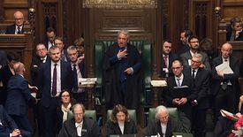 John Bercow przewodniczy obradom Izby Gmin - to on dwukrotnie ogłasza wynik każdego głosowania, także ws. brexitu