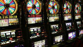 Totalizator sportowy ma monopol na gry na automatach poza kasynami