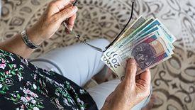 Polacy opóźniają przejście na emeryturę. Co najmniej o kilka miesięcy