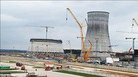 Rosja buduje już elektrownię jądrową w Egipcie za 29 mld dolarów, z czego 85 proc. pokrywa rosyjski kredyt.