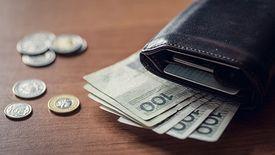 Wkrótce czeka nas decyzja, czy pieniądze z OFE przelejemy na IKE czy do ZUS.