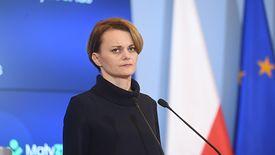 Jadwiga Emilewicz zapowiada szereg nowych programów rządowych.