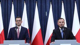 Prezydent Andrzej Duda i premier Mateusz Morawiecki przedstawili zarys rozwiązań, które mają ratować polską gospodarkę przed skutkami koronawirusa
