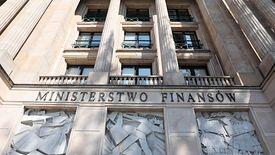 Afera VAT w resorcie finansów zatacza coraz szersze kręgi. Wychodzą na jaw nowe fakty