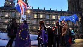 Co piąty Brytyjczyk chomikuje jedzenie. Boją się brexitu.