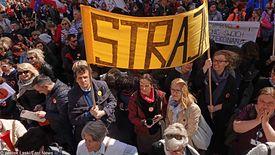 Maksymalnie 500 złotych zapomogi będzie mógł otrzymać nauczyciel, który przez strajk znalazł się w trudnej sytuacji finansowej