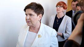 Beata Szydło i Elżbieta Rafalska wciąż oferują nauczycielom podwyżki poniżej ich oczekiwań