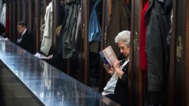 - Wyraźnie wzrasta liczba pracujących emerytów, bo w niespełna cztery lata o jedną trzecią - mówi ekspert