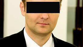 CBA informuje, że Eryk S. jest 28. osobą podejrzaną o udział w grupie przestępczej wyłudzającej publiczne pieniądze.