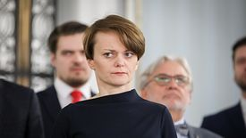"""Jadwiga Emilewicz 10 minut po głosowaniu nad porządkiem obrad Sejmu: """"to nie jest czas, by rozmawiać o wyborach"""""""