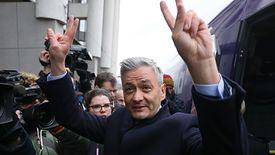 Robert Biedroń obiecał dostępny dla każdego transport publiczny i darmowe przejazdy dla dzieci.
