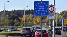 Niemcy uznają już Polskę za obszar ryzyka (aldg) PAP/Marcin Bielecki