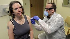 Jennifer Heller to pierwsza ochotniczka, która przyjęła eksperymentalną szczepionkę na COVID-19.