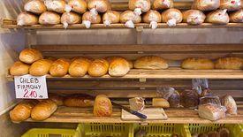 23 lata temu za bochenek chleb płaciliśmy zaledwie 60 groszy. Dziś trzeba dać blisko 4 razy tyle