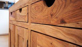 Najlepsze gatunki drewna do domu i ogrodu