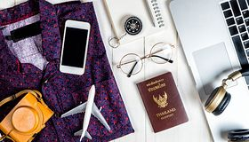 Designerskie gadżety, które przydadzą się w podróży