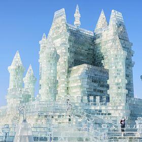 Architektura zimowa, czyli najbardziej niezwykłe budynki ze... śniegu i lodu