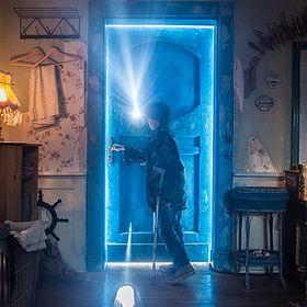 Za magicznymi drzwiami. Poznaj filmy o ukrytych krainach