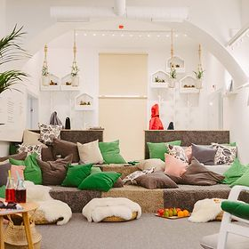 Przytulnie jak w domu. Sprytne wnętrzarskie patenty w IKEA Po Sąsiedzku