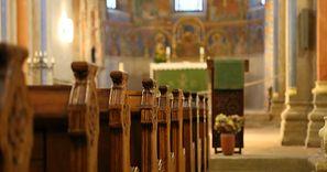 Kobieta zemdlała podczas mszy w kościele. Ma koronawirusa