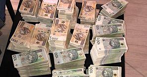 Policja przeszukała dom. Znaleziono 13 mln zł w gotówce