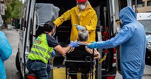 73 aktywne ogniska koronawirusa. Dramatyczna sytuacja w Hiszpanii