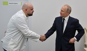 Koronawirus na świecie. Strach w Rosji. Władimir Putin miał kontakt z zakażonym lekarzem