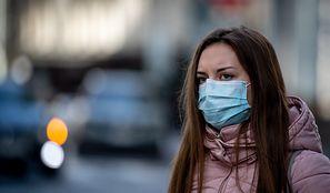 """Rewolucyjna metoda walki z koronawirusem? Czesi wprowadzają """"inteligentną kwarantannę"""""""