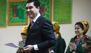 Sposób na walkę z koronawirusem. Władze Turkmenistanu znalazły szokujące rozwiązanie