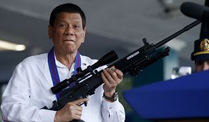 Filipiny. Rodrigo Duterte kazał strzelać. Zabito pierwszą osobę
