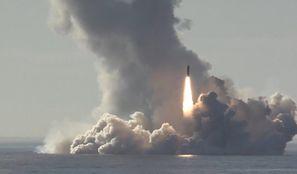 """""""Arktyka będzie polem bitwy III wojny światowej"""". NATO i Rosja zwiększają aktywność w tym regionie"""