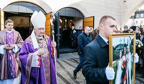 Kasia, Wiktoria i Klara zginęły w Bukowinie Tatrzańskiej. Na ich pogrzeb przyszły tłumy. Łamiące serce słowa