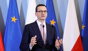 Koronawirus w Polsce. Premier Mateusz Morawiecki ujawnił nowe obostrzenia