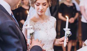 """Przed ślubem poznali opinie parafian. Nie chcieli księdza konserwatysty i cennika """"nie mniej niż 1000 zł"""""""