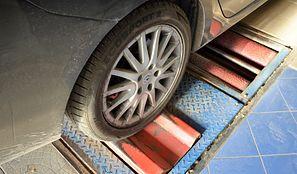Przegląd auta po nowemu. Zdjęcie samochodu i zaostrzone przepisy