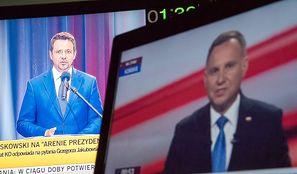 Wybory prezydenckie 2020. Sondaże bliższe Trzaskowskiemu, bukmacherzy ze wskazaniem na Dudę