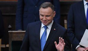 """Dodatek solidarnościowy w Sejmie. Posłowie zdecydowali o przyszłości """"Dudowego"""""""