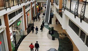 Rząd otwiera galerie handlowe. Od soboty sklepy znowu czynne
